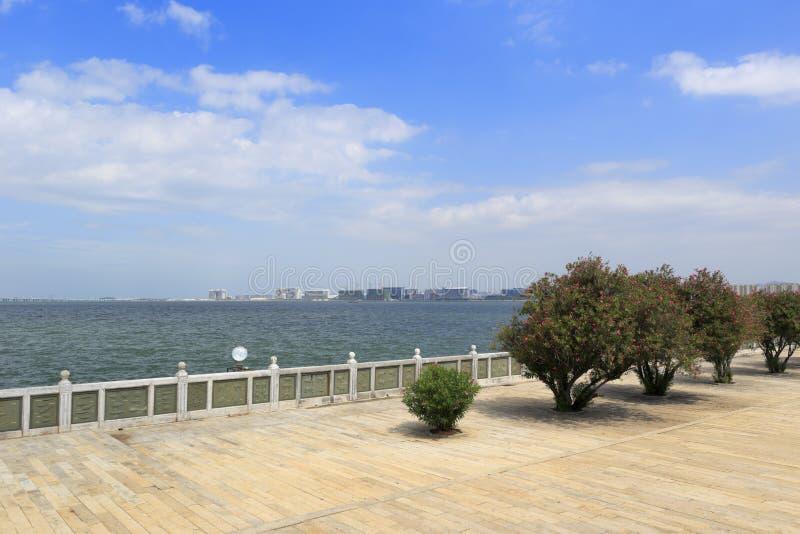 Overzie xiamen stad bij zeekust van jimeidistrict stock foto's