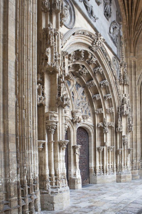 Oviedo katedry drzwi zdjęcie stock