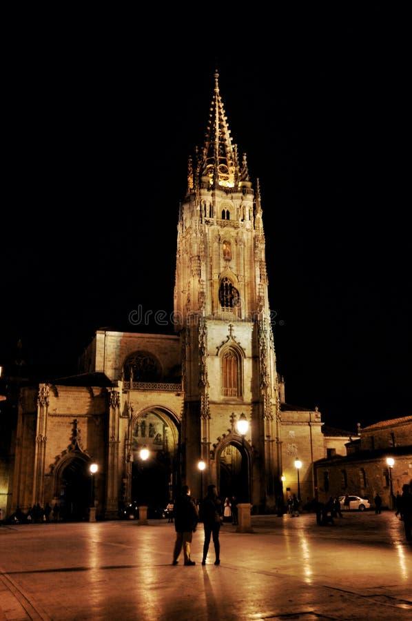 Oviedo Kathedraal stock foto's