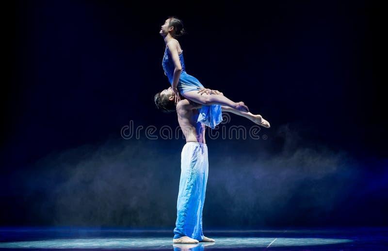 Ovilligt att sära med-akrobatik royaltyfria bilder