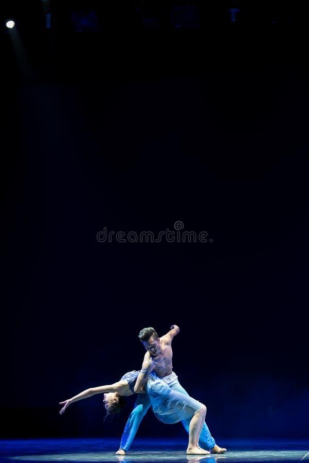 Ovilligt att sära med-akrobatik royaltyfri bild