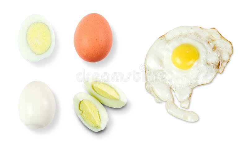 Ovo da galinha de Brown Em tipos diferentes Inteiro, fritado, fervido Fim acima Isolado no fundo branco imagens de stock royalty free