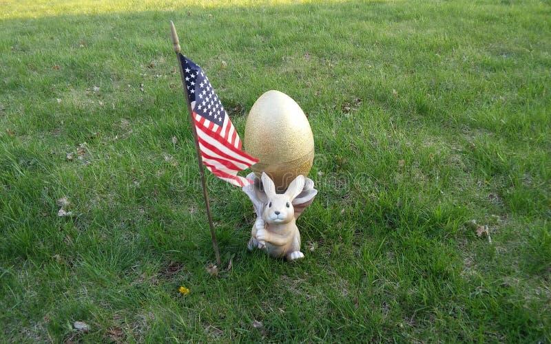 Ovo da páscoa e bandeira americana fotografia de stock royalty free