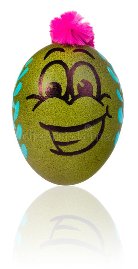 Ovo da páscoa, pintado na cara de sorriso dos desenhos animados do indivíduo Decorado por exemplo imagens de stock