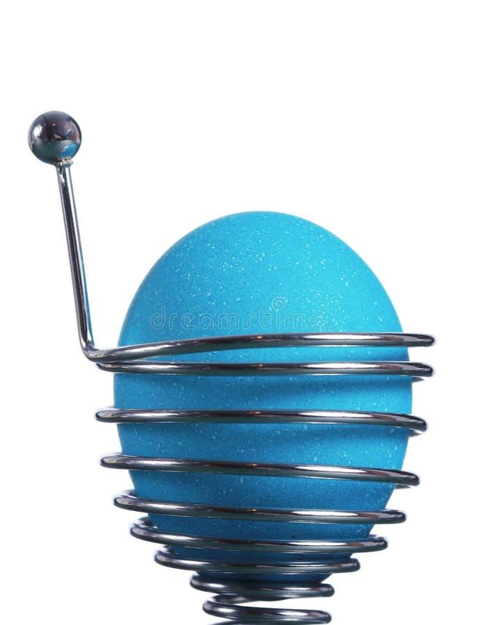 Download Ovo De Easter Azul Em Um Suporte Da Mola Imagem de Stock - Imagem de fervido, breakfast: 12809375