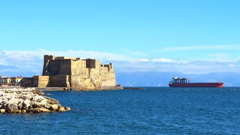 ` Ovo, Naples, Italie de Castel Dell photographie stock