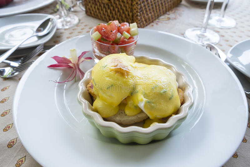 Ovos Benedict Breakfast foto de stock