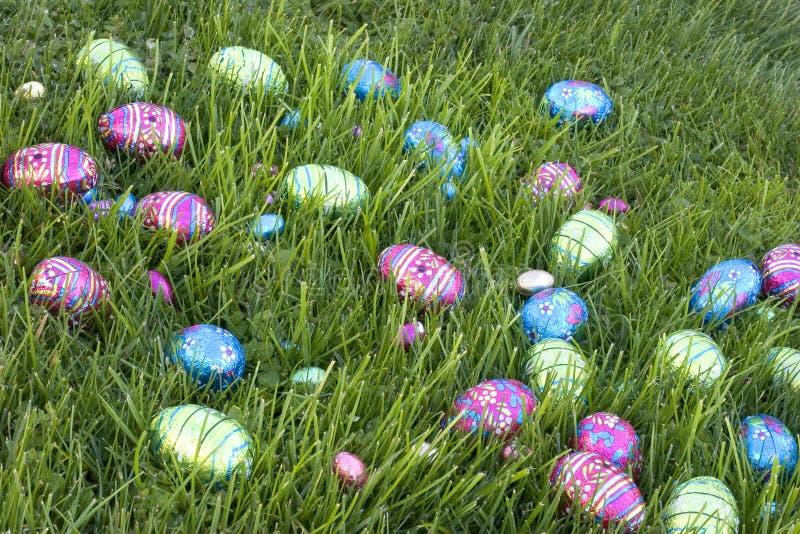 Download Ovos de Easter imagem de stock. Imagem de grama, feriado - 530999