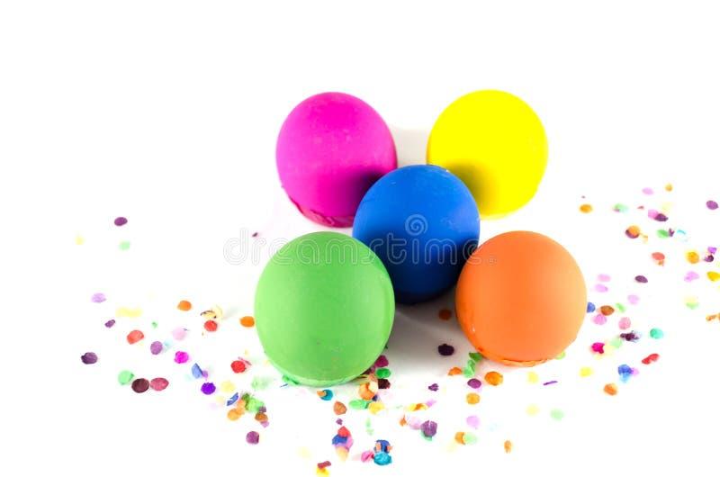 Ovos dos confetes na posição do tridimensional imagem de stock