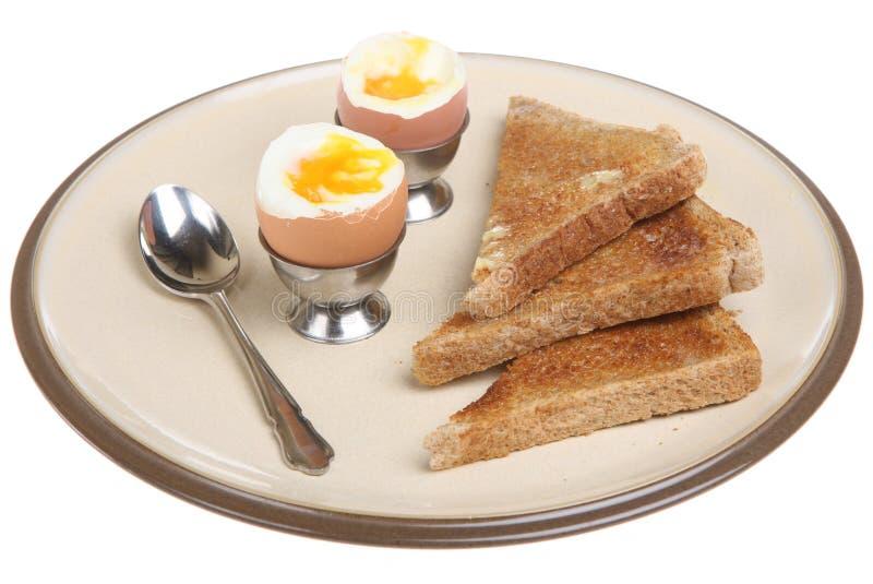 Ovos e brinde fervidos imagens de stock