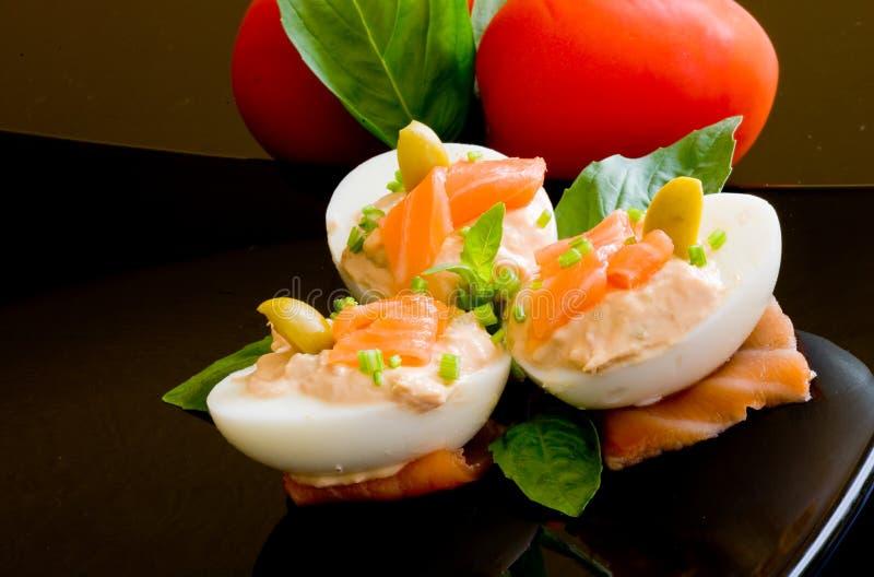 Ovos e salmões foto de stock royalty free
