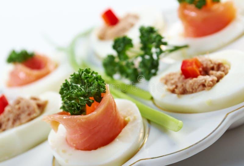 Ovos enchidos com salmões foto de stock royalty free
