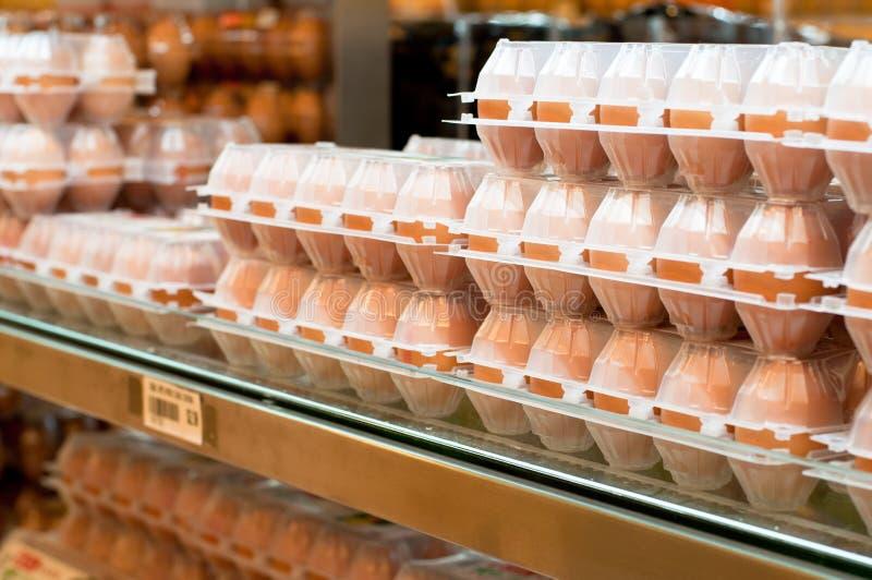 Ovos frescos da galinha da exploração agrícola imagem de stock royalty free