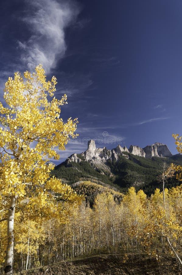 Owl Creek Pass mit Kamin-Felsen lizenzfreie stockbilder