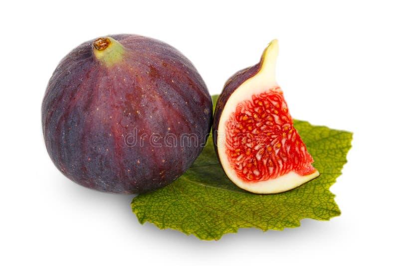 Owoc figi na zielonym liściu zdjęcie stock