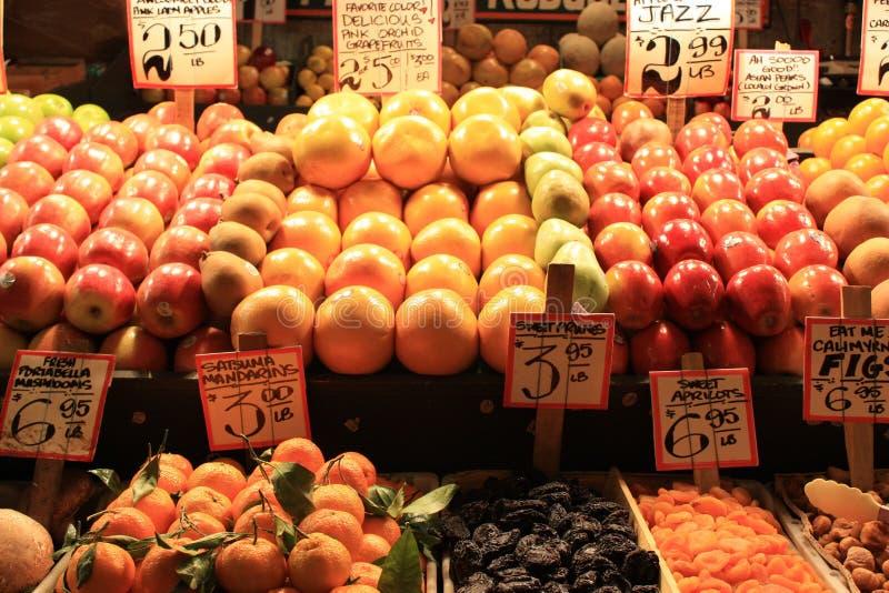 Owoc @ fruitstall zdjęcia stock
