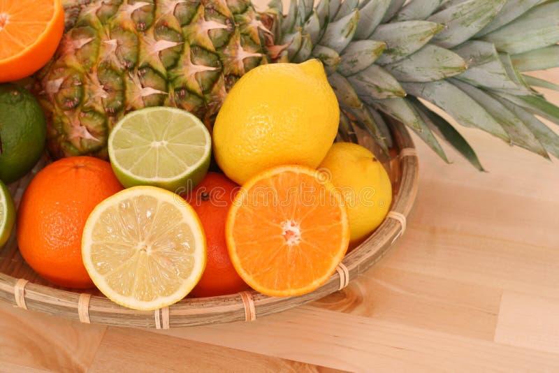 owoce cytrusowe zdjęcia royalty free