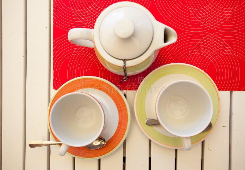 Owocowa Czarna herbata warzą w teapot obraz royalty free