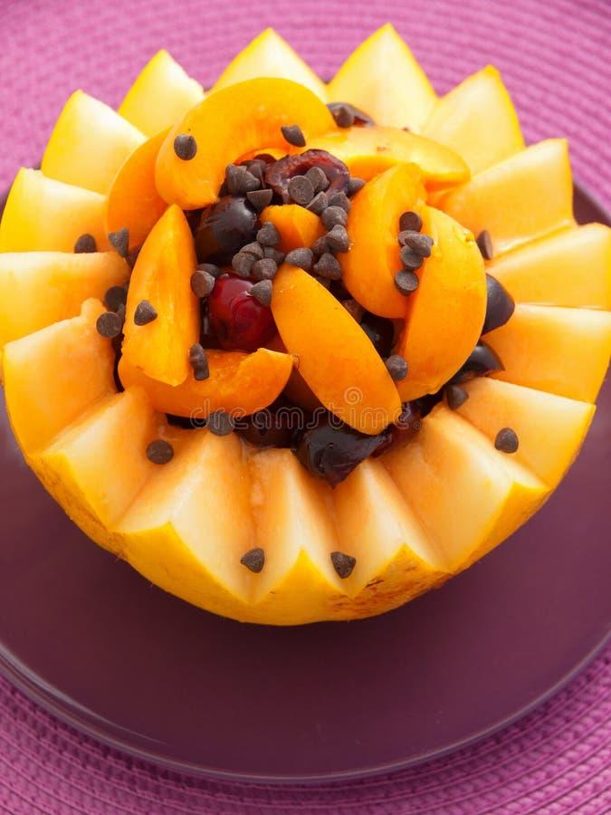 Owocowa sałatka w melonie zdjęcia royalty free
