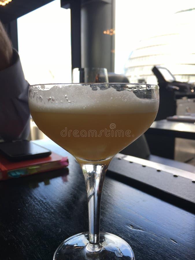 Owocowy koktajl dnia czas - pornstar Martini - zdjęcia royalty free