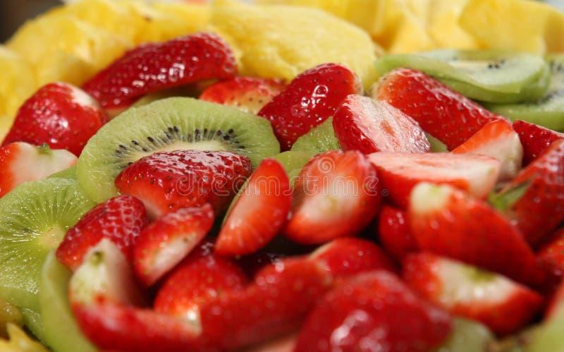 Download Owocowy półmisek obraz stock. Obraz złożonej z jedzenie - 13335787
