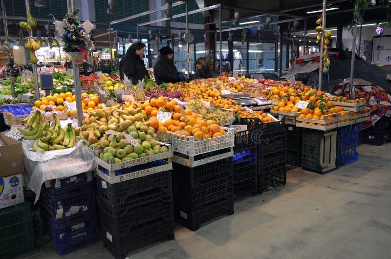 Owocowy rynek w Florencja mieście, Włochy obraz stock