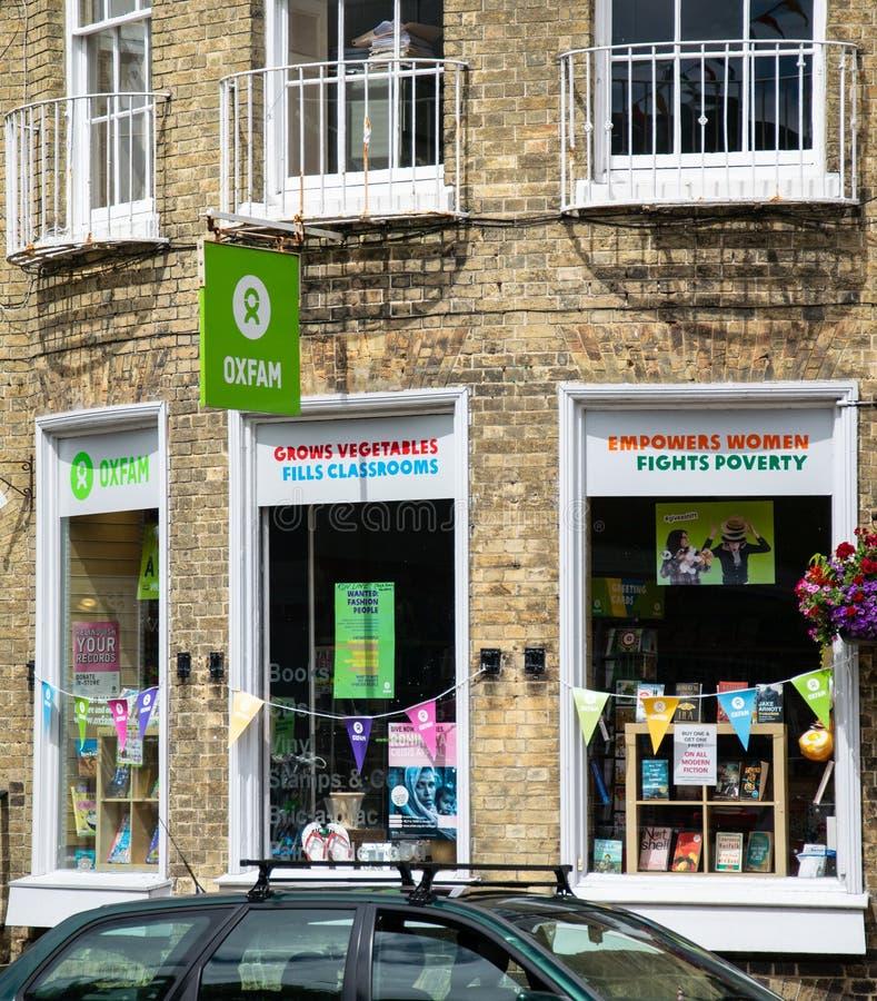 Oxfam dobroczynności sklepu pierzeja zdjęcia stock