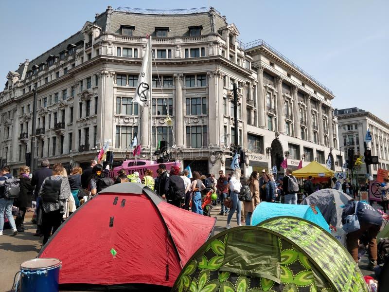 Oxford Circus-Klimaatprotesteerders royalty-vrije stock foto
