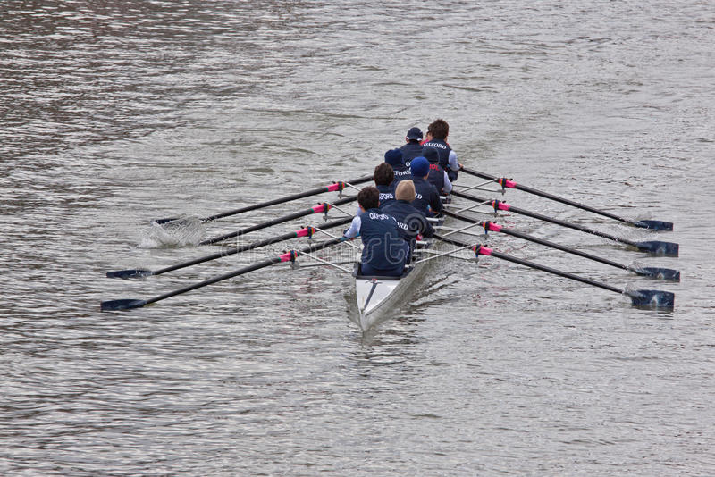 Oxford Eight. BRISTOL, ENGLAND - FEBRUARY 19: Crew from Oxford racing in the annual Head of the River race in Bristol, England on February 19, 2012. One hundred stock photography