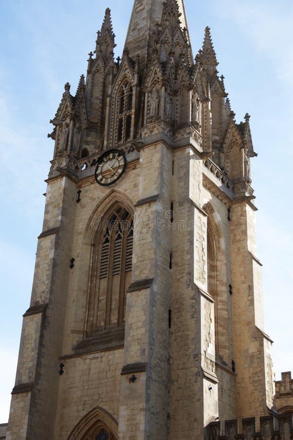 Oxford, Reino Unido - 13 de outubro de 2018: Igreja da universidade de St Mary o Virgin A parte a mais velha da igreja é o whi da foto de stock royalty free