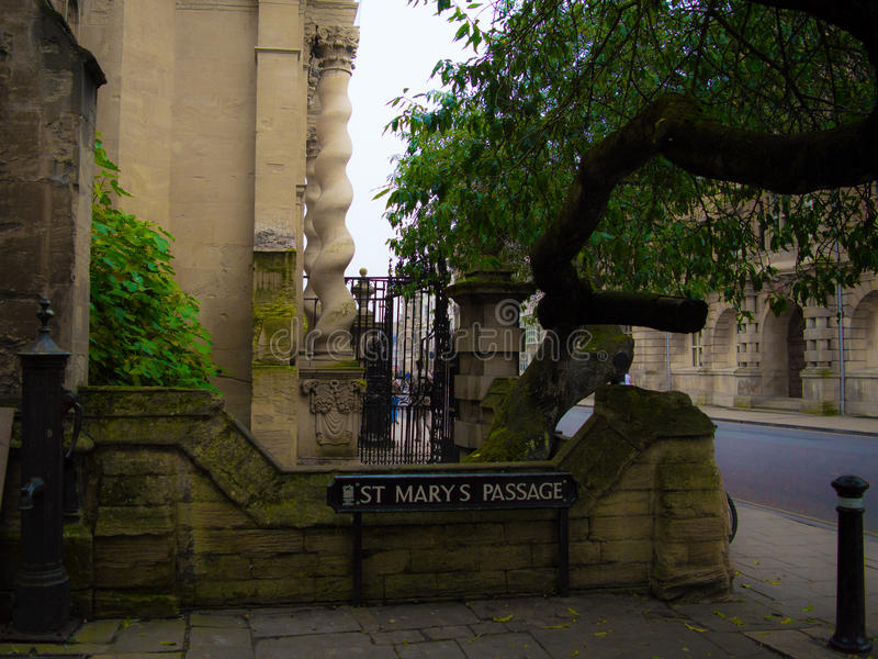 The Oxfrod city. St Marys Passage is Narnia in Oxford stock images