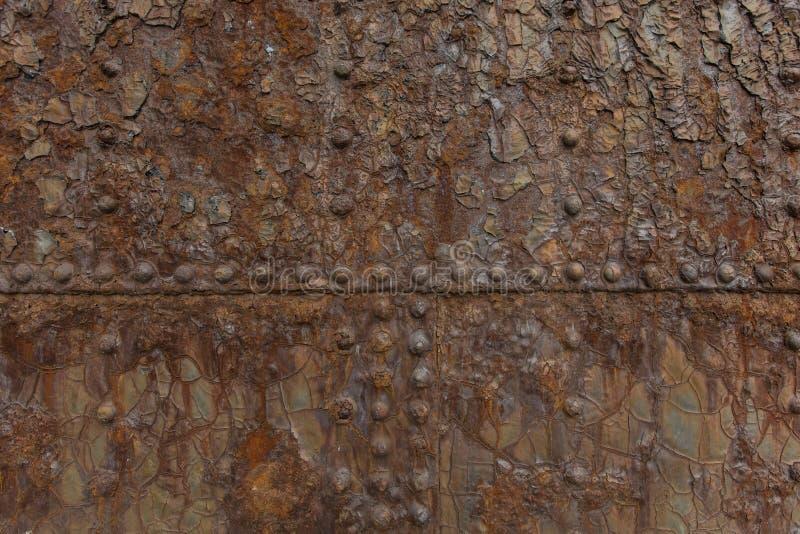 Oxidação em emendas de uma exibição da porta do mar foto de stock