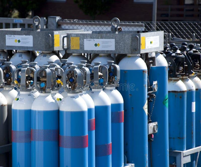 Oxigênio dos frascos de gás fotografia de stock