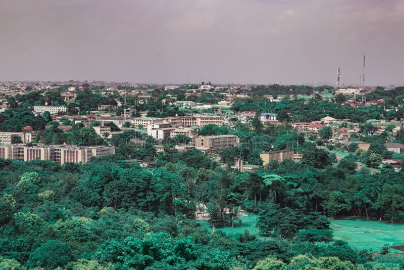 Oyo州政府秘书处伊巴丹尼日利亚鸟瞰图  库存图片