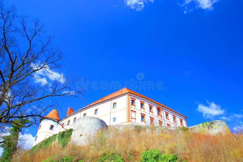 Ozalj i Kroatien fotografering för bildbyråer