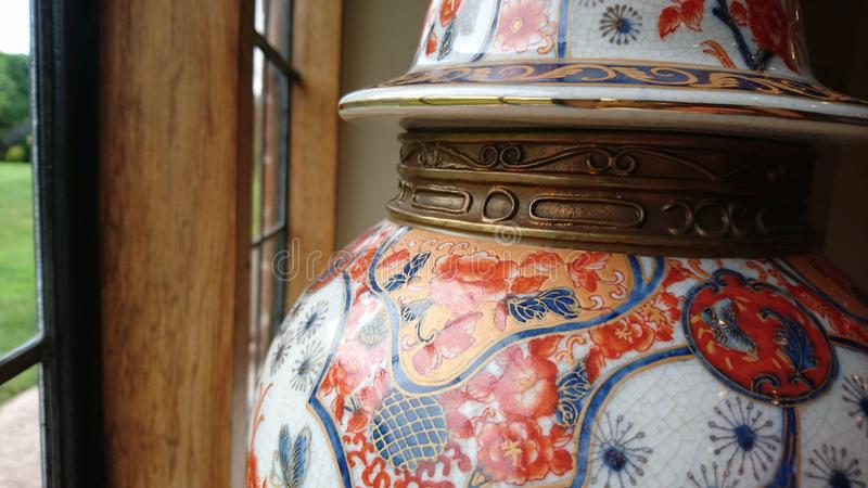 Ozdobna orientalna imbirowa waza fotografia stock
