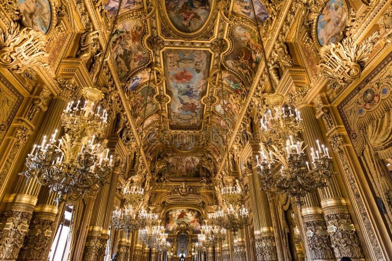 Ozdobni sufity uroczysty foyer palais garnier, opera Paryż obraz royalty free