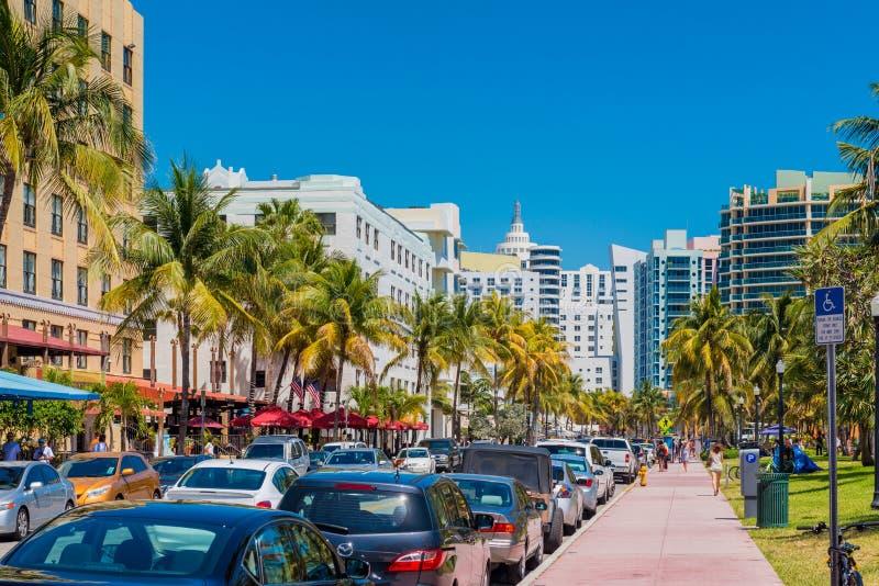 Ozean-Antrieb in Miami-Südstrand Florida USA stockfotos