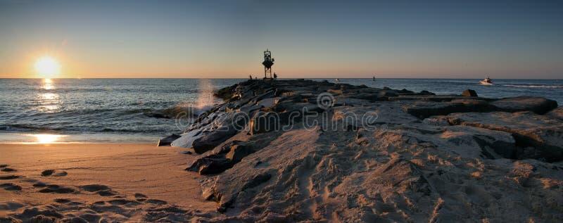 Ozean-Stadt lizenzfreies stockfoto