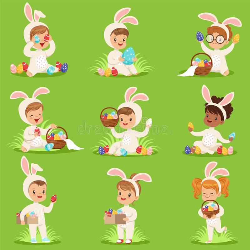 A Páscoa ajustou-se com ovos e crianças em trajes do coelho ilustração stock