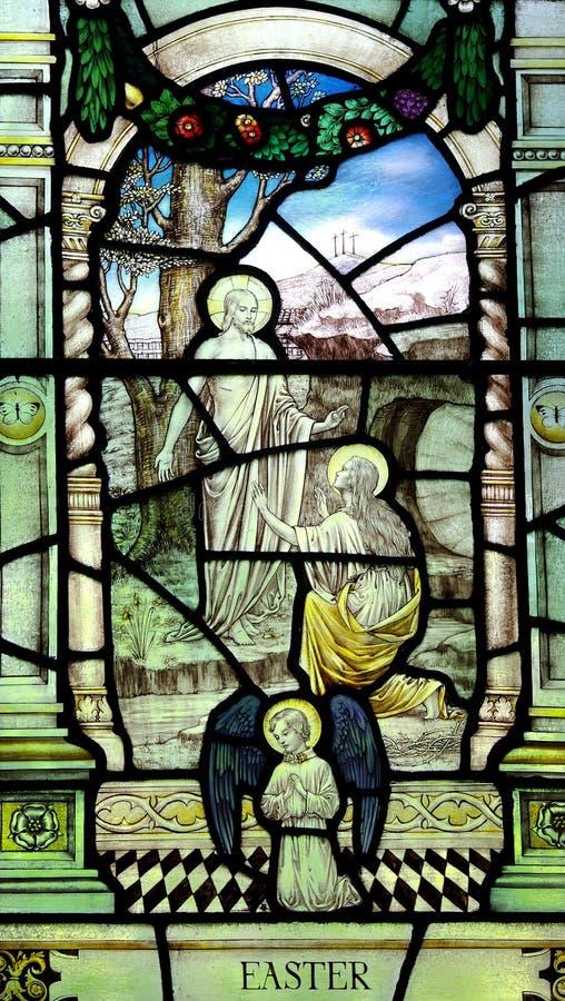 Páscoa: Mary Magdalene antes de Jesus Christ aumentado no vitral fotografia de stock