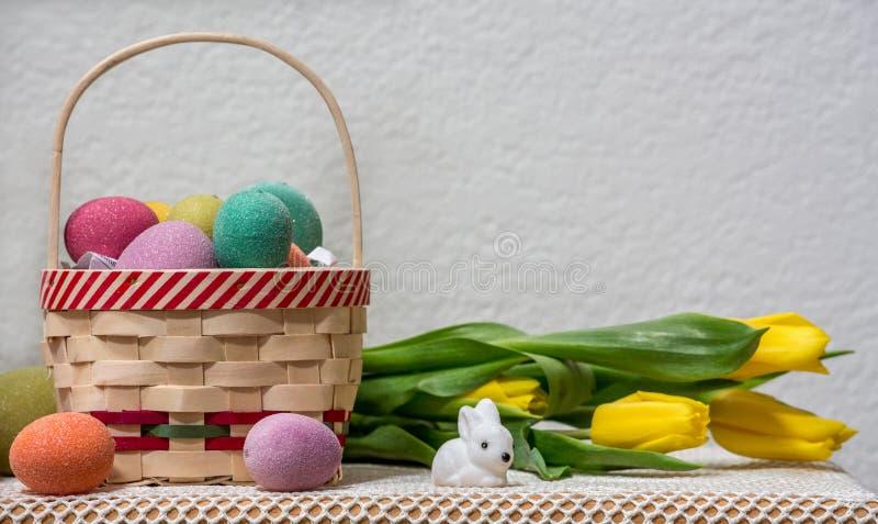 Páscoa tomada sol e coelhos imagens de stock