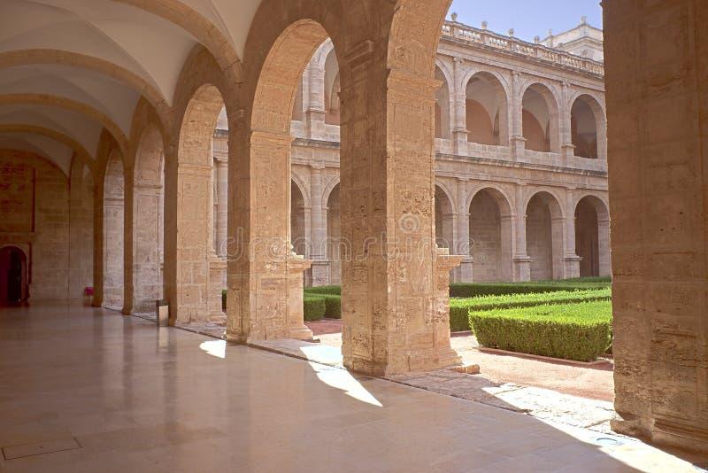 Pátio da construção da biblioteca Valencian imagens de stock royalty free