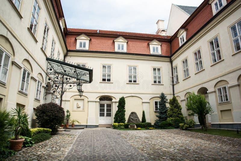 Pátio do castelo de Nitra imagem de stock royalty free