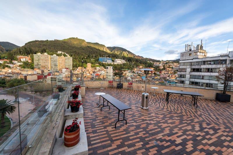 Pátio do telhado em Bogotá, Colômbia foto de stock
