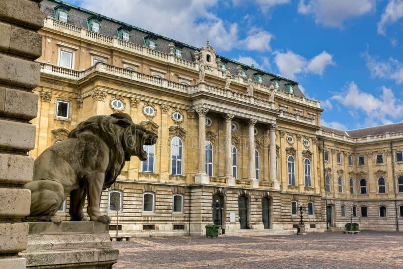 Pátio interno do castelo de Buda, Budapest fotografia de stock royalty free