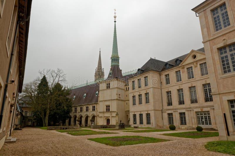 Pátio interno do palácio dos duques de Lorena foto de stock