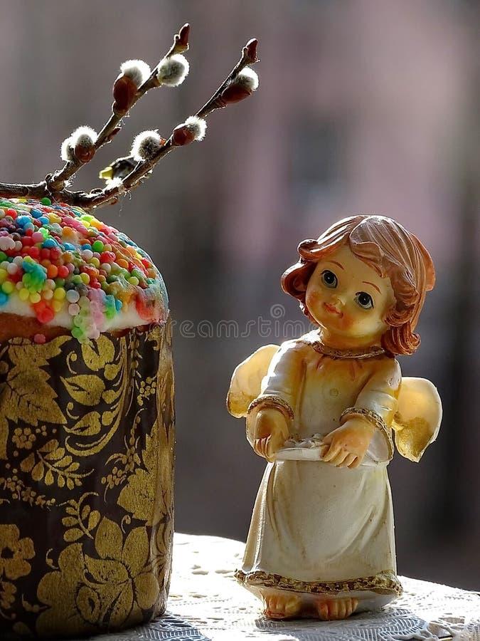 Pâques  Gâteau de Pâques Jour heureux Pâques lumineuse Vacances orthodoxes photo libre de droits