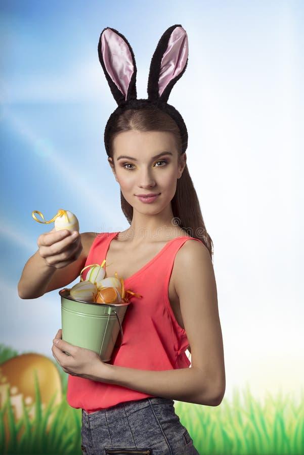 Pâques, jolie fille photo stock