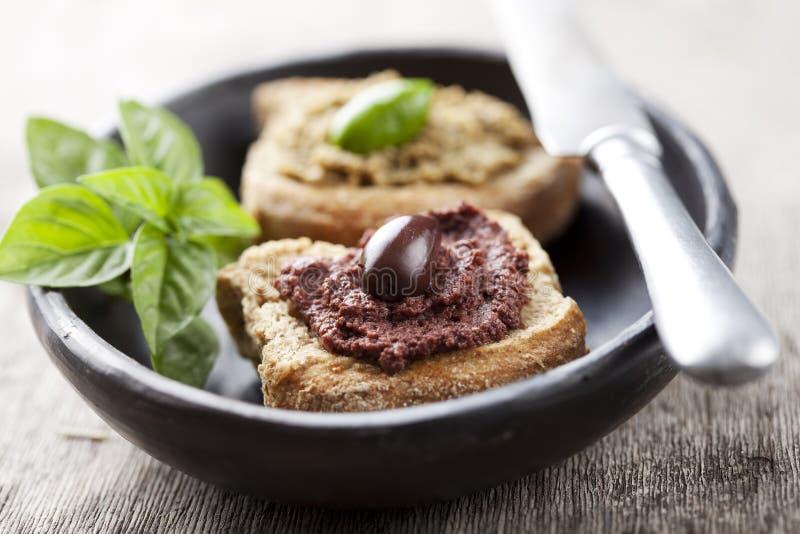 Pâte olive photographie stock libre de droits